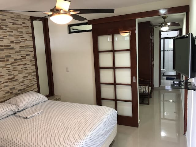 Comfortable apartment 4 on 2º floor