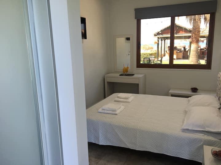 La Palma Seafront Apartment 2 in Georgioupolis