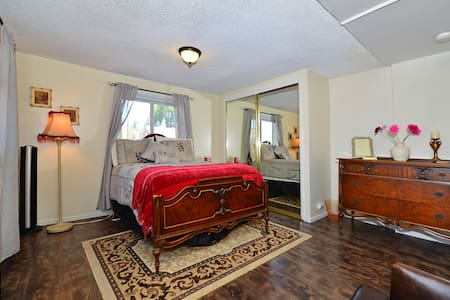 Tranquil Guest-house In Lemon Grove - Lemon Grove