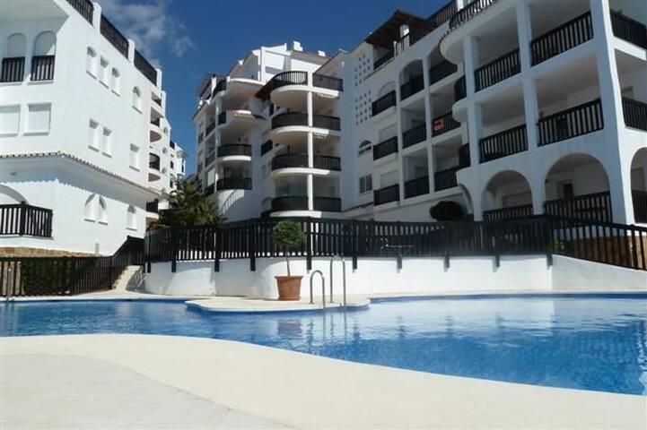 PDM01 – Puerta Del Mar Apartment - Sitio de Calahonda