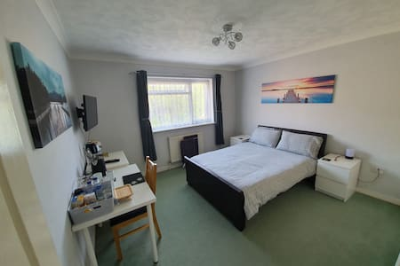 Brownsea Double Room a few minutes from Ferry Port