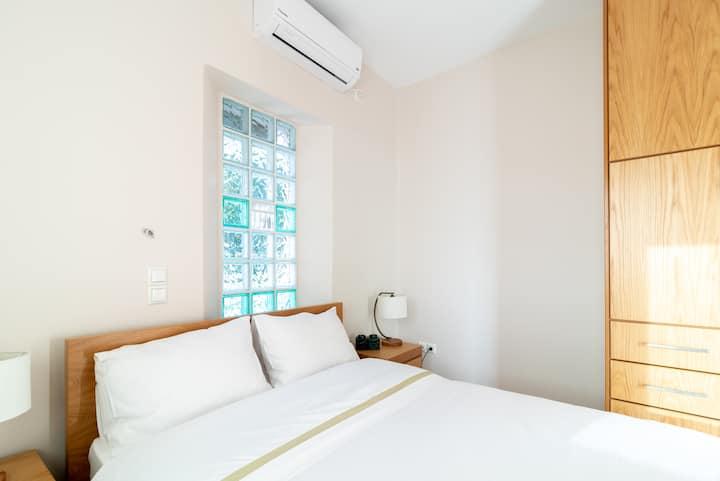 1bedroom apartment at Kaiafas lake