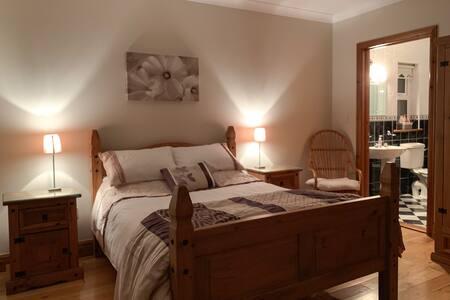 Double En Suite Bedroom with Breathtaking Sea View
