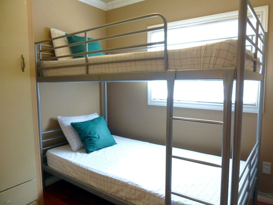 The kids especially love sleeping in the bunk beds in the super-cozy second bedroom.