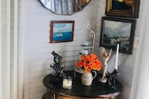 Eclectic decor in the living room
