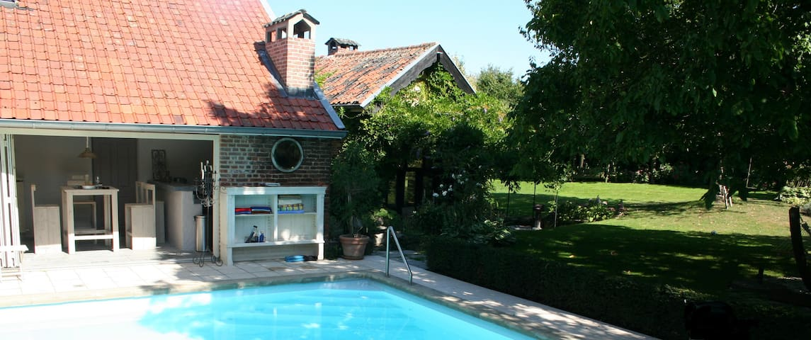 Charming farmhouse with pool! - Lanaken - Cabin