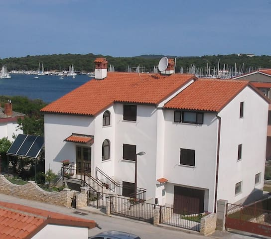 Ida Apartment, 100 m from SEA,2+2 p - Pula - Apartment