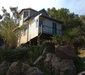"The Perth Hills ""Tiny House"" - Darlington - Muu"