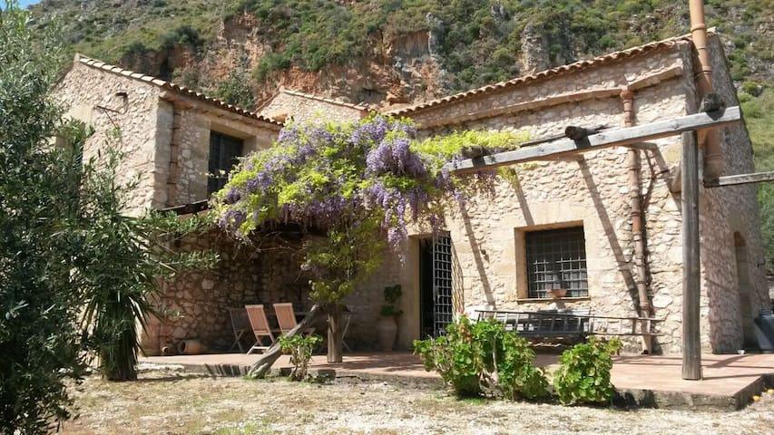 Amazing Farmhouse in Scopello 8PAX