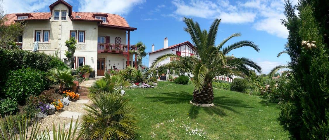 appartement de charme à Guéthary 1 - Guéthary - House