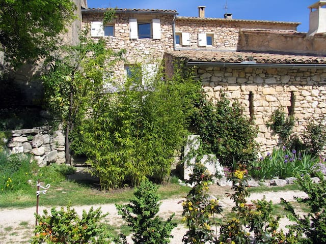 bergerie de Remourase en Luberon