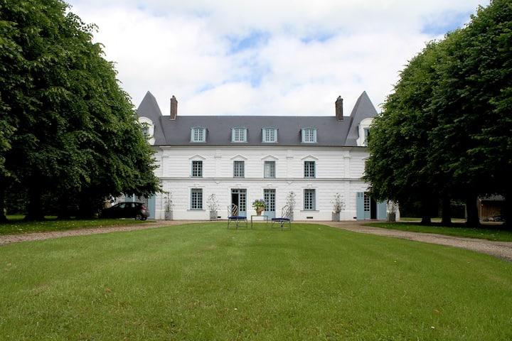 Chateau Jonquay peaceful paradise