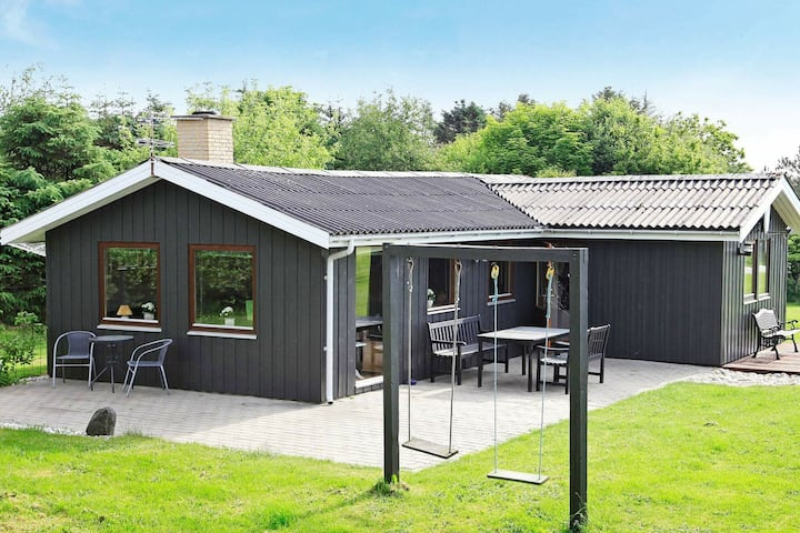 Lovely Holiday Home in Løkken with Barbecue