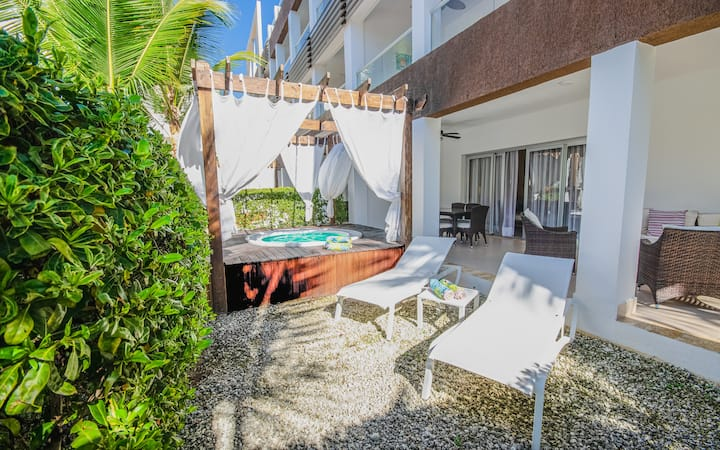 D101 Punta Cana Beach Apt Jacuzzi Elect Included