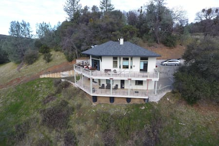 Sutter Creek Home with Sunset View
