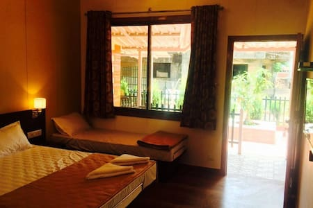 Cozy Luxurious modern & peaceful 3 - Panchgani - Appartement