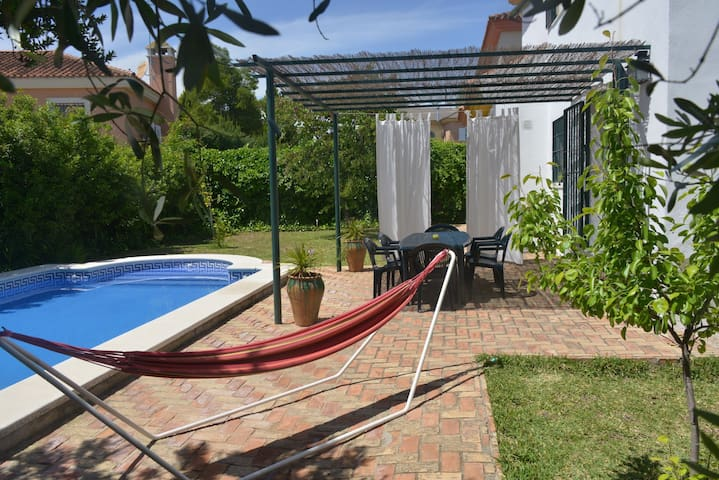 Andalucian house-15min from Seville - Gelves - 샬레(Chalet)