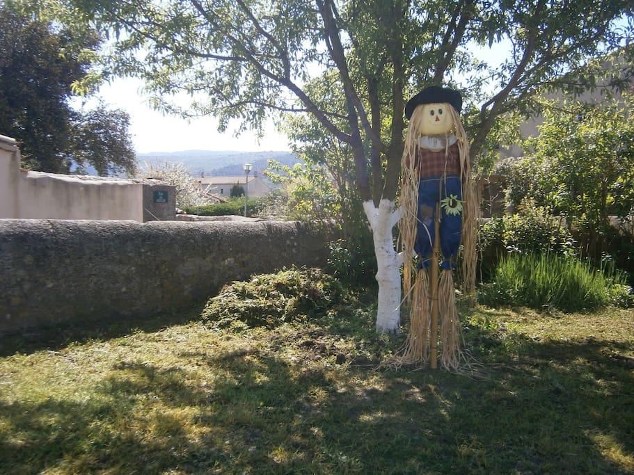 Le gardien du jardin.