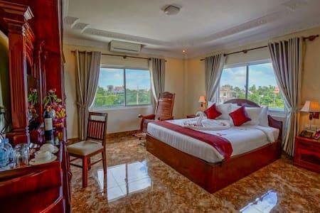 HKN Boutique Hotel - Deluxe Room - Krong Siem Reap - Bed & Breakfast