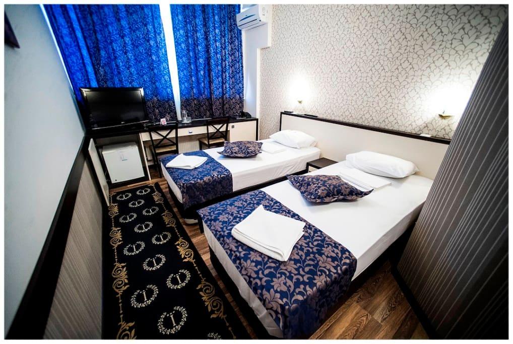 Double Twin Room