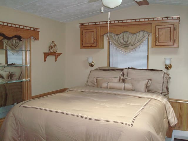 2 Bed 2 Bath near Boca Grande Fl