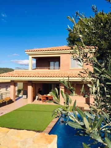 casa Vespella de Gaia 10 personas-piscina privada