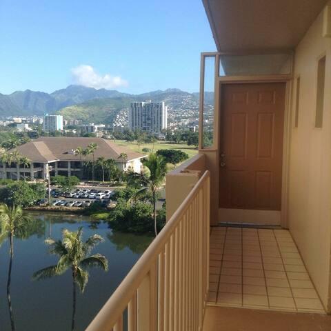 Waikiki 2 bed, 2 Bathroom