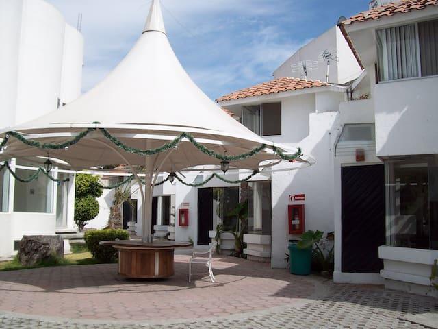 Villas UVP- Residencia Estudiantil - Heroica Puebla de Zaragoza - วิลล่า