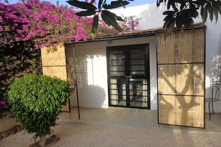 Chambre d'hôtes villa Satala - Toubab Dialao - Gästehaus