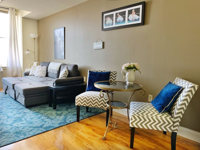 Downtown Memphis Condo with City View