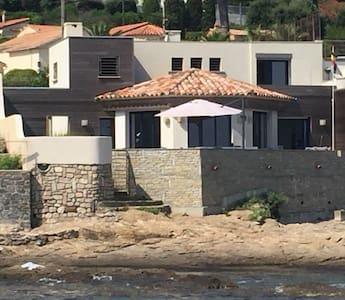 Quite large villa at water edge Golfe St Tropez