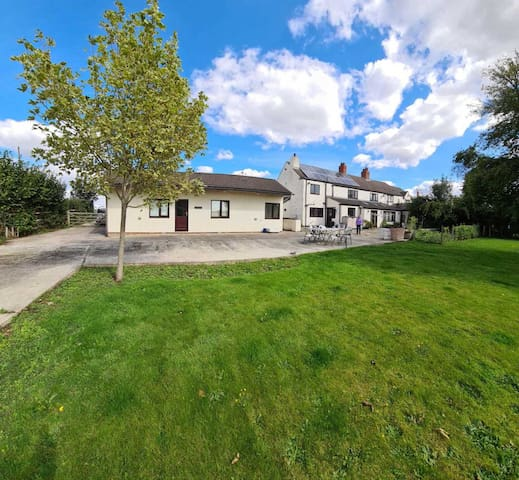 Beautiful 1 bedroomed stable conversion West Yorks