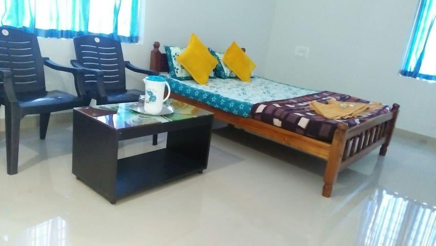 lakshmi madhavam homestay. NonAC.. double bed..
