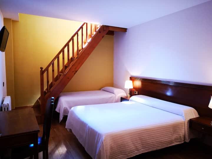 Habitación duplex para 4 personas en Ordino