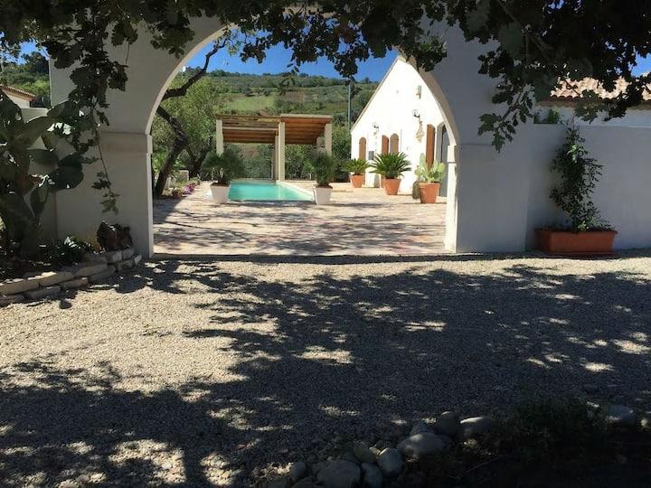 Villa Angiolina, chambre tour