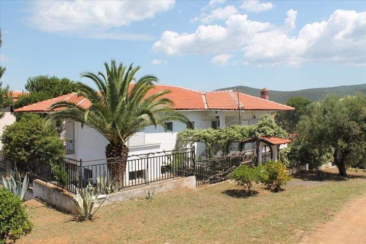 Villa Milenitta - 2 baths, amazing garden and view