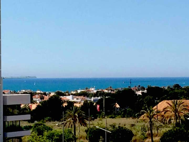 Luxury appartment with nice sea and city views