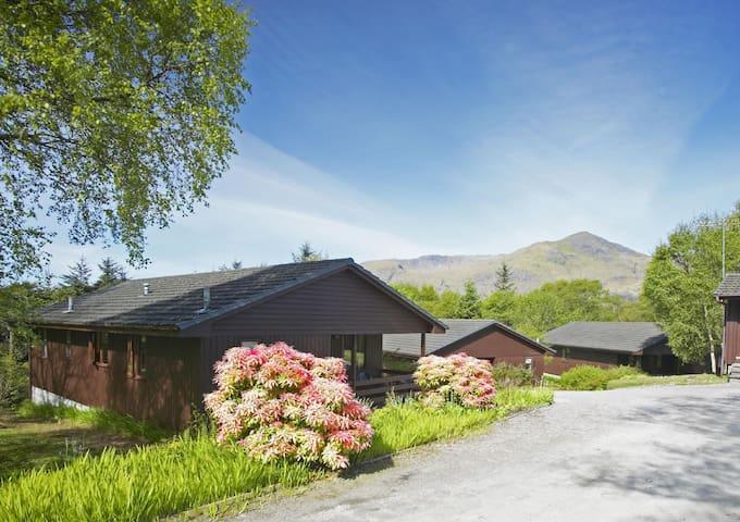 Iona Lodge - Sleeps 6 guests in 3 bedrooms
