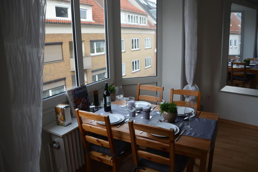 stilvolle 2 zi whg citynah wohnungen zur miete in bremen bremen deutschland. Black Bedroom Furniture Sets. Home Design Ideas