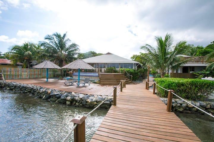 Wikkid Resort - Standard Garden View Room (#1)