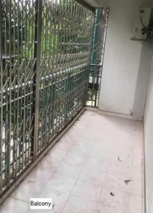 阳台(Balcony)