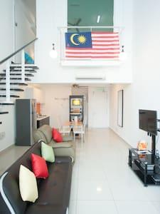 1 Bedroom: Duplex Studio 7 pax -The Scott Garden#1 - Kuala Lumpur