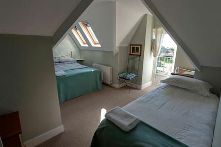Twin room number 11 - Seaford