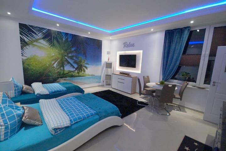 Studio Apartment (EG4R) 2x Doppel Bett/Bad & Küche