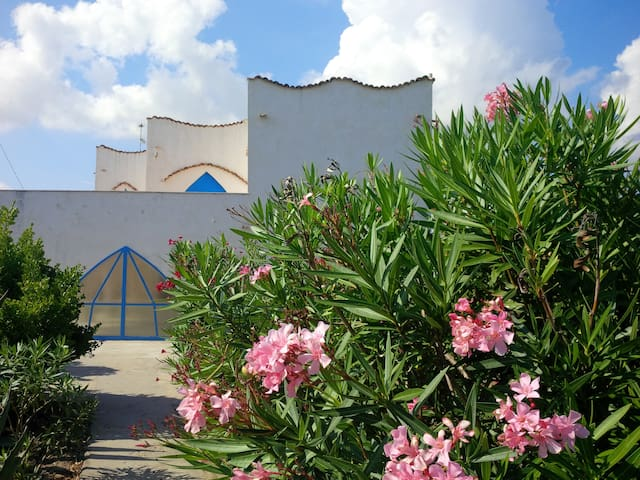 Beach house close to town! - Termoli - Casa