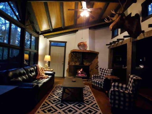 Cabin of Castlewood
