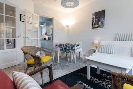 Bright and spacious 2 bedrooms flat
