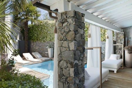 Villa di charme immersa nel verde - Vezzano ligure  - วิลล่า