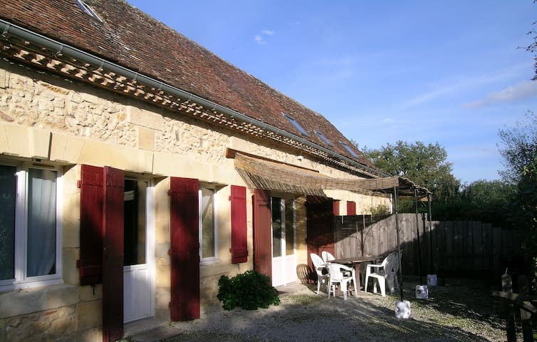 106m2 for 5 guests in the countryside 3km Bergerac - Lembras - Daire