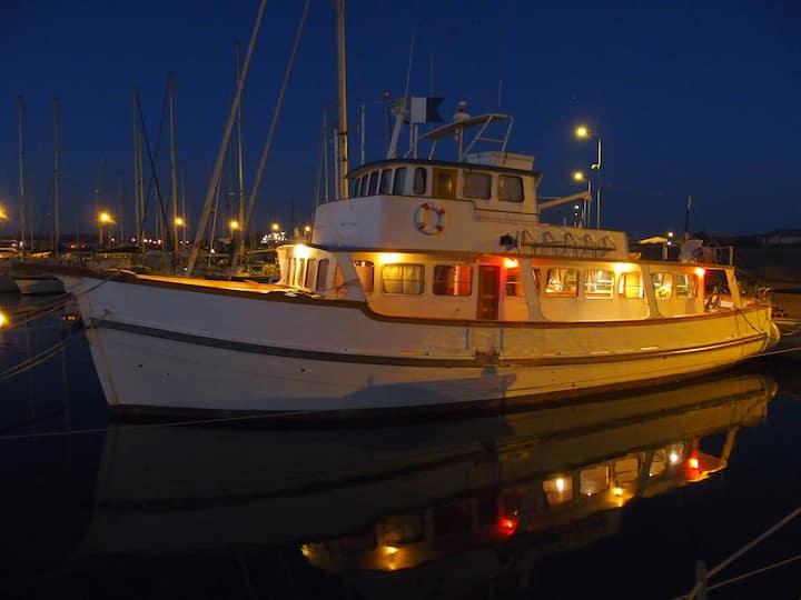 The Victoria antique boat